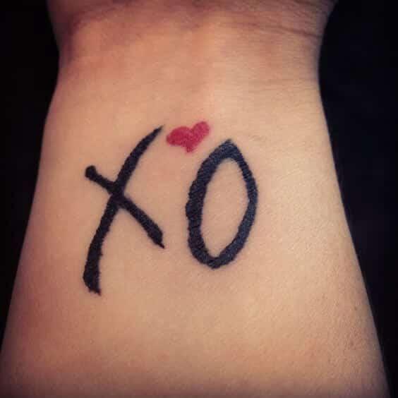 Letter O tattoos