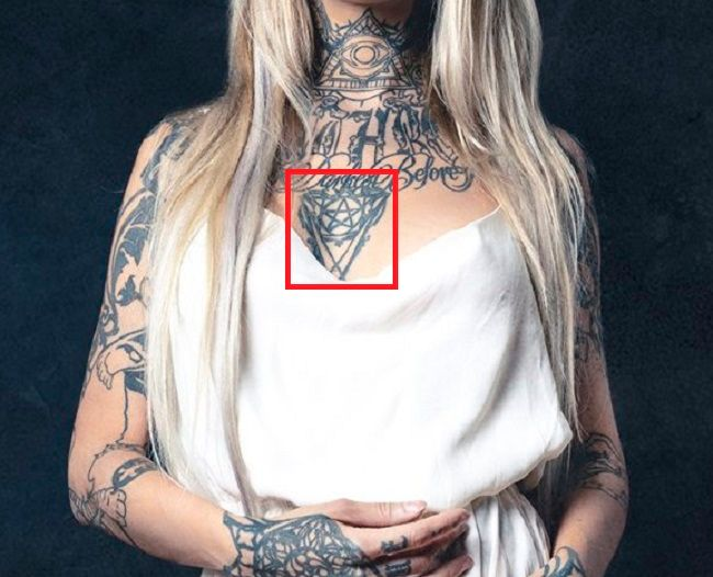 Sara Fabel-Pentagram-Tattoo