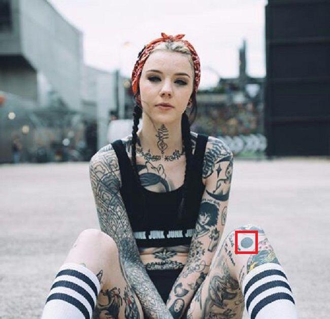 Grace Neutral-Tattoo-Left-Knee