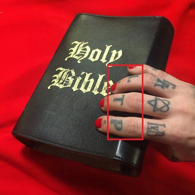 Kat Von D-LTP-Tattoo