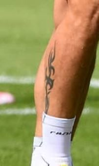 Tattoo olivier giroud Giroud Tattoo