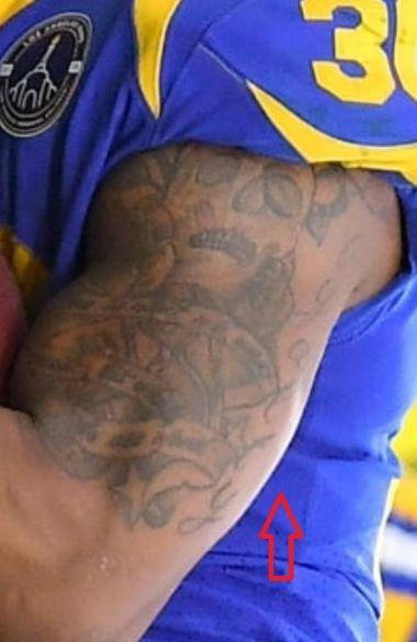 Todd Gurley skull tattoo