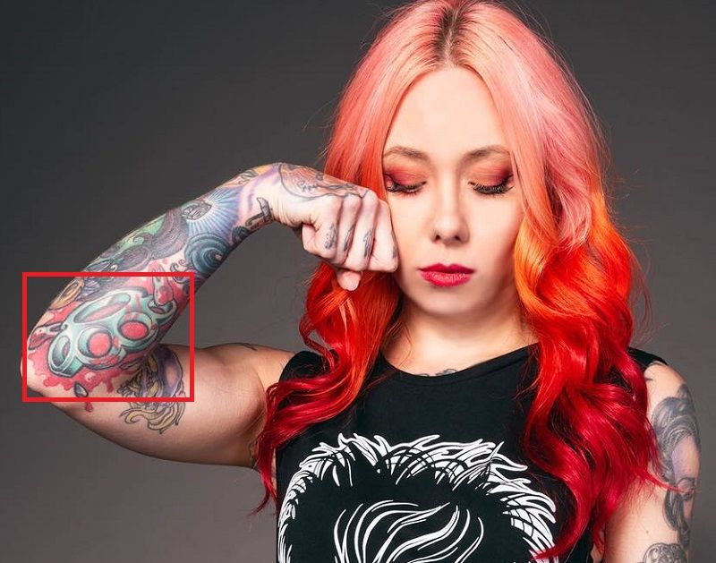 Megan Massacre-Brass Knuckle-tattoo