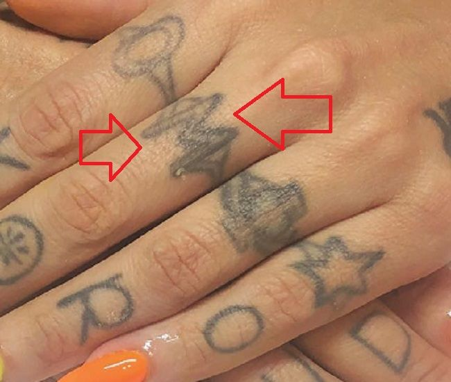 Omahyra Mota-M-Tattoo