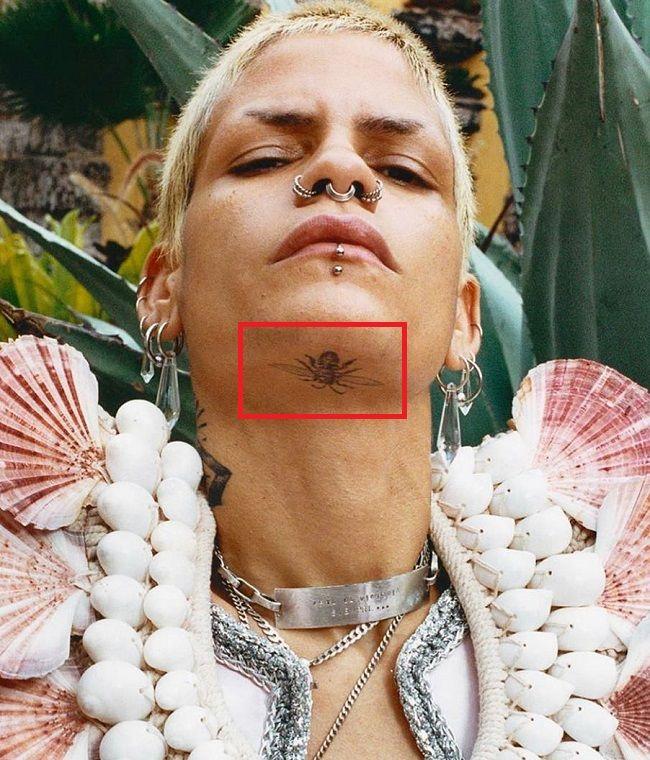 Omahyra Mota-Wasp-Tattoo
