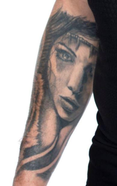 TJ Perenara woman tattoo