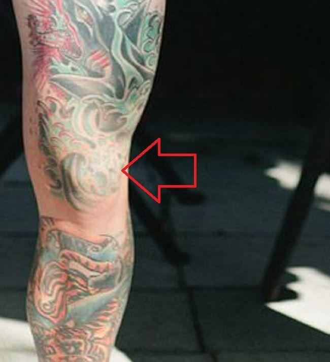 Alex-Knee-Tattoo