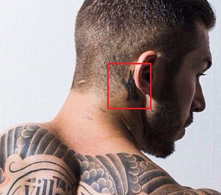 Alex Minsky-Ear-Tattoo
