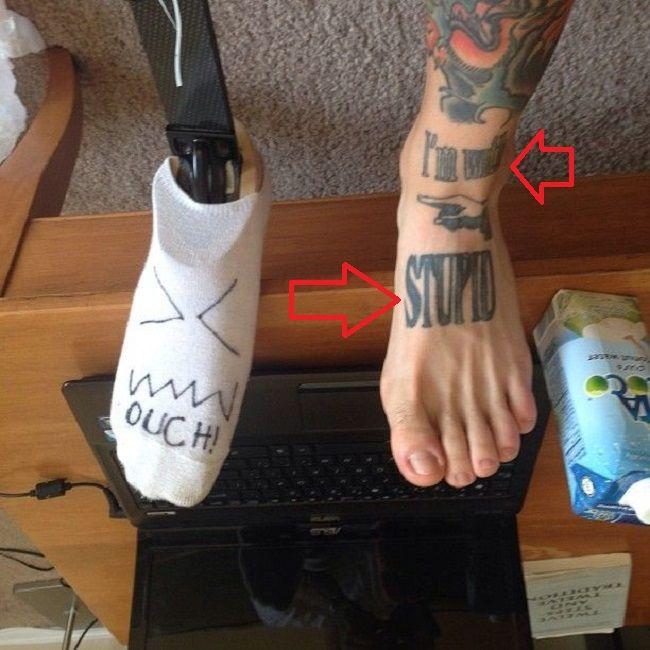Alex Minsky-Im with Stupid-Tattoo