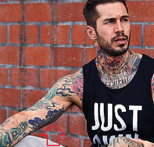 Alex Tattoo