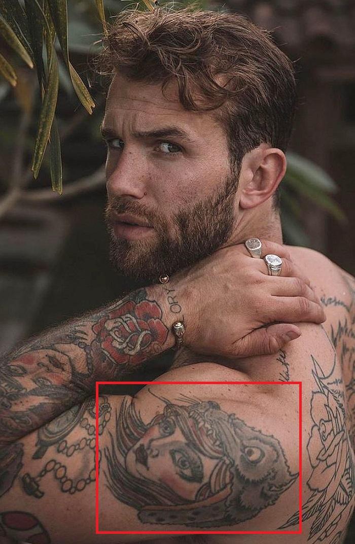 Andre Hamann-Shoulder-Tattoo
