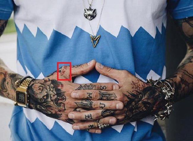Mateus Verdelho-Thumb-Tattoo