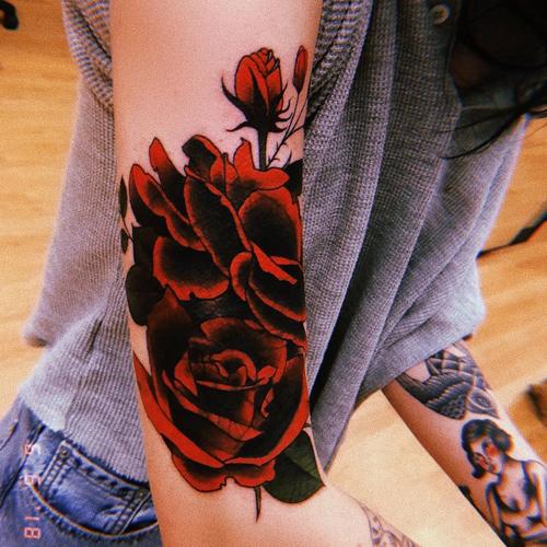 bishop briggs rose upper rose tattoo