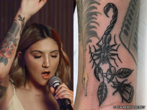 julia michaels scorpion arm tattoo