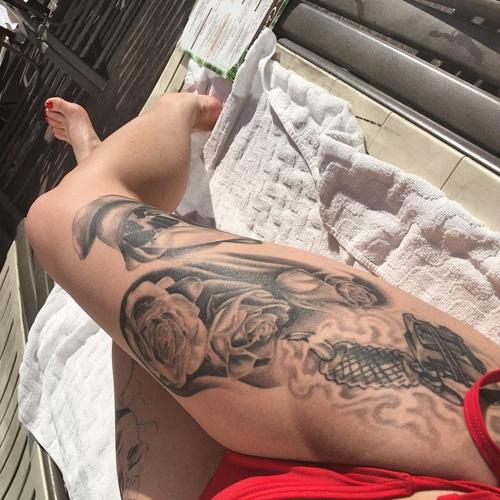 katrina jackson right thigh tatoo
