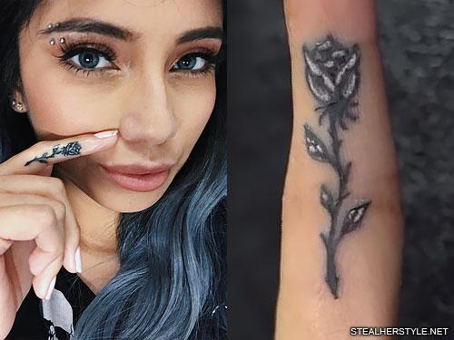 kirstin maldonado rose finger tattoo