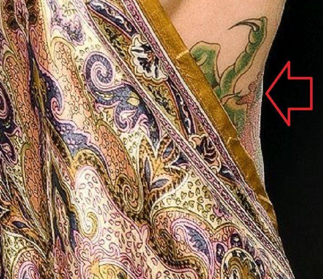 Janine-Torso-Tattoo