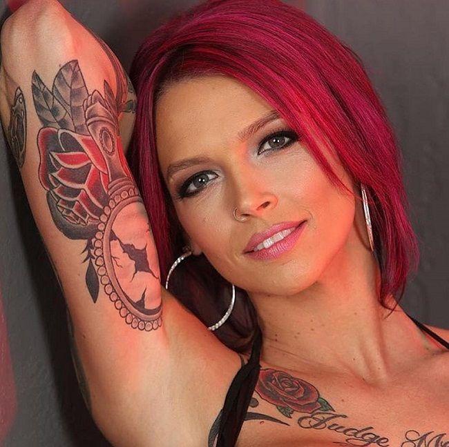 Anna Bell Peaks-Tattoos