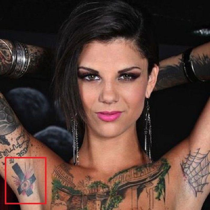 Bonnie Rotten-Armpits-Tattoo