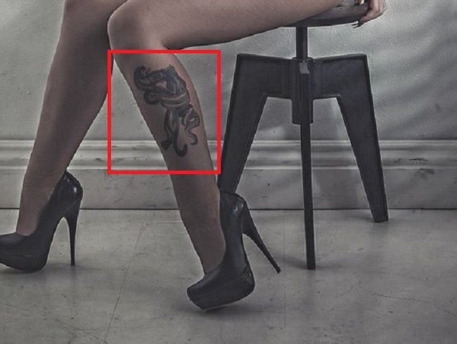 Christy Mack-Tattoo on her left leg