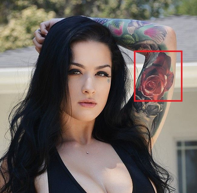 Katrina Jade-Red Rose-Tattoo
