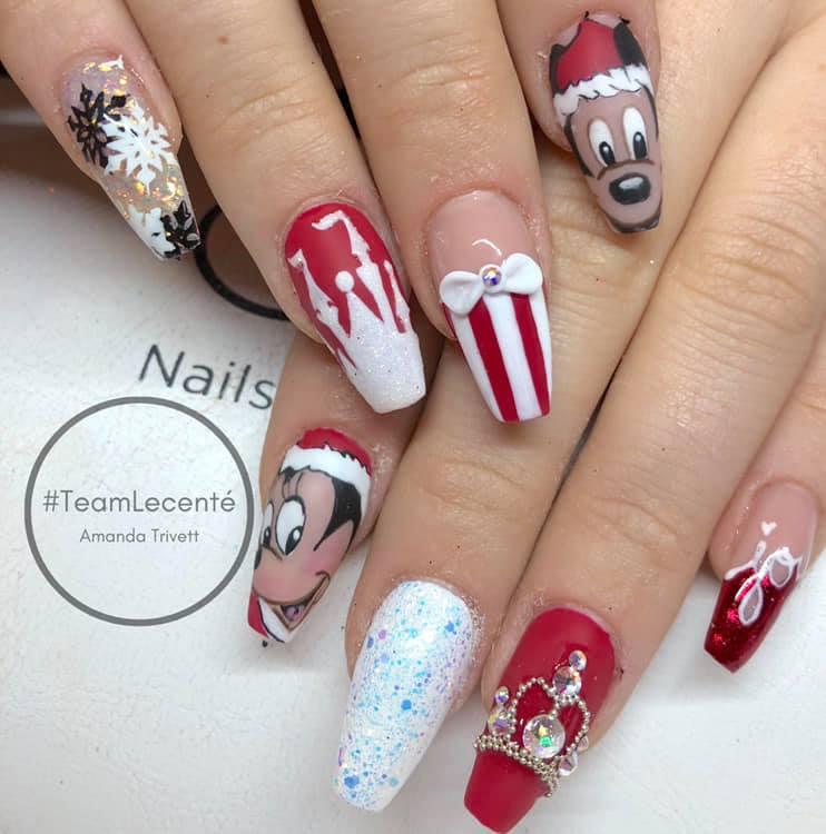 Mickey Mouse Nail Art