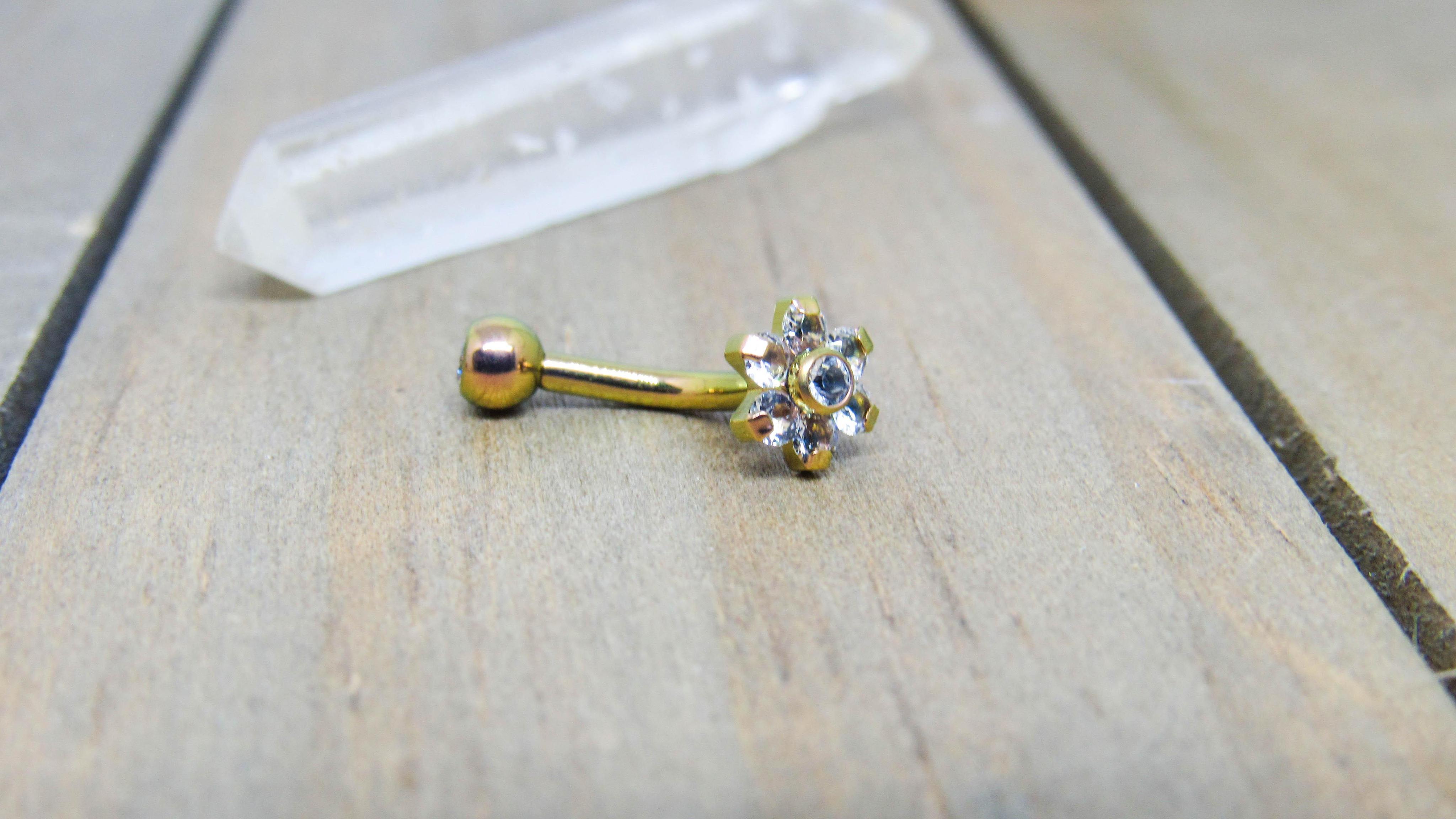 floating navel piercing
