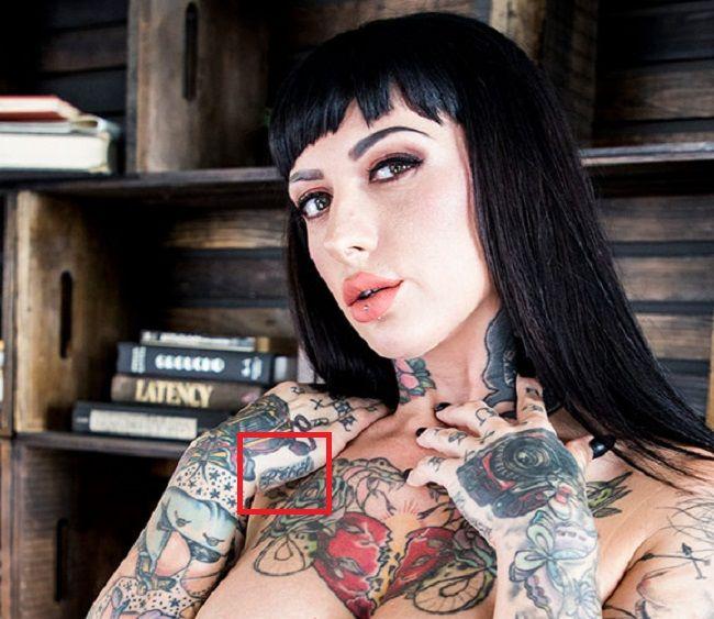 jessie lee right hand tattoo