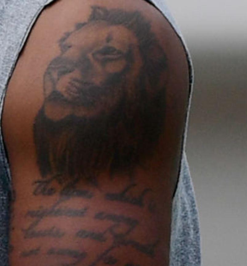 Deshaun lion tattoo