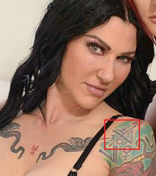 Jenevieve Hexxx-Left Shoulder Tattoo