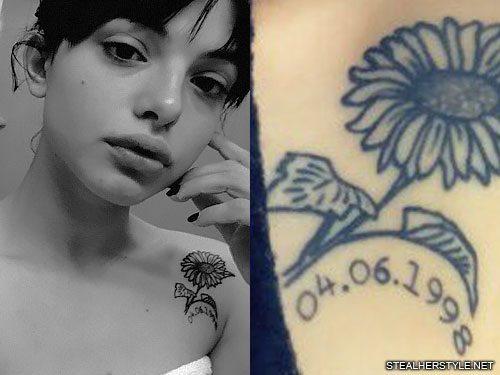 nia lovelis daisy shoulder tattoo