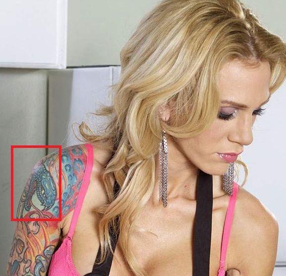 sarah jessie-snake tattoo