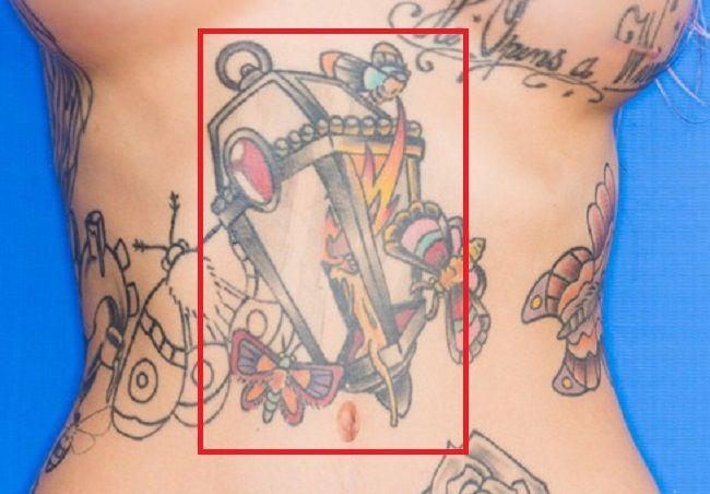 sydnee vicious-abdomen-tattoo