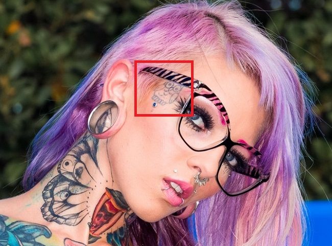 sydnee vicious face tattoo