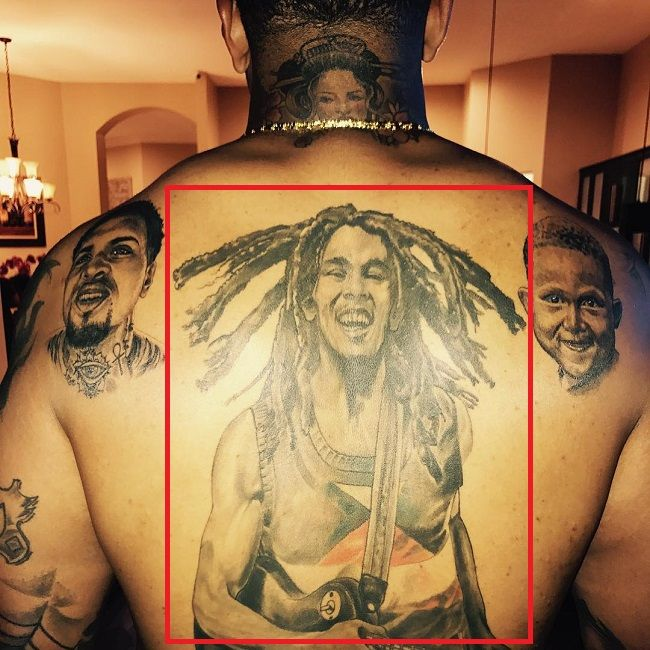 back-tattoo of mike pouncey-tat