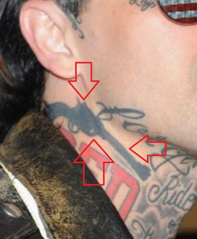 neck tattoo of yelawolf