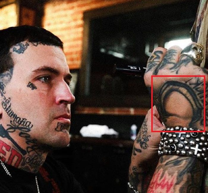 yelawolf-right hand tattoo