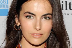 Celebrities with Tinted Eyebrows