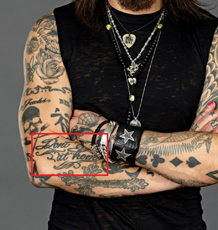 Dont try this ta home-tattoo-Dave Navarro