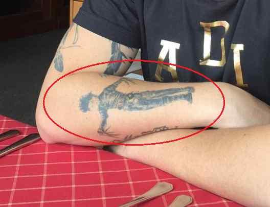 Whindersson Nunes edward scissorhands tattoo
