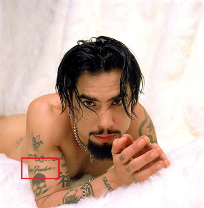 love fades tattoo-Dave Navarro