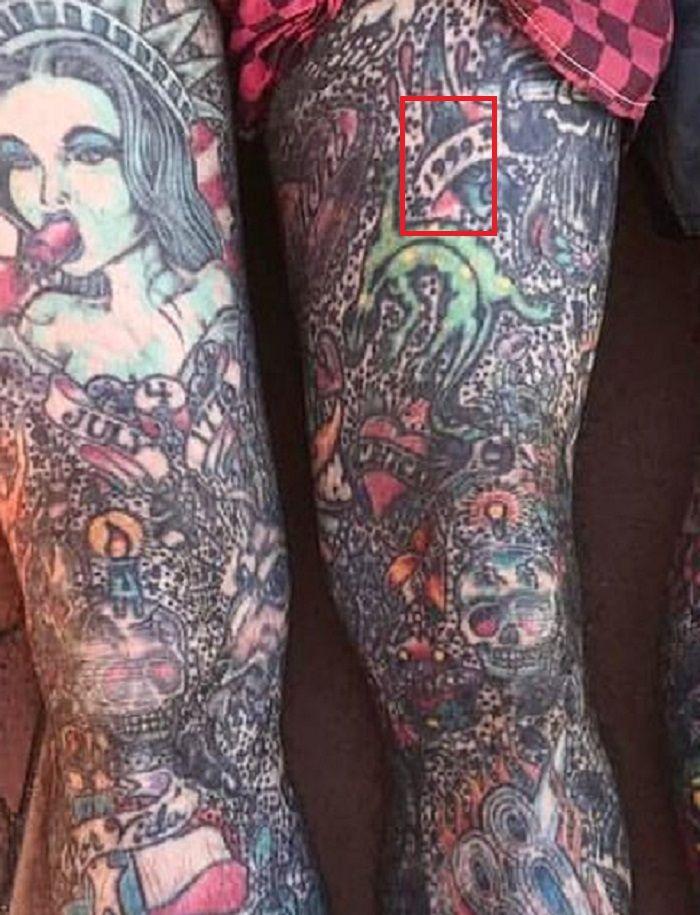 1999-oliver peck-tattoo