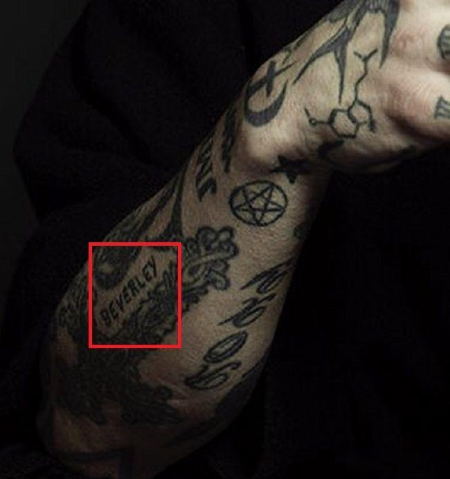 BEVERLEY-Tattoo-Dave Navarro
