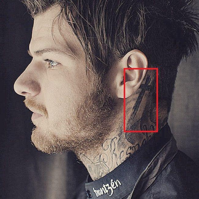 Cross Tattoo-Robert Sandberg-Tattoo