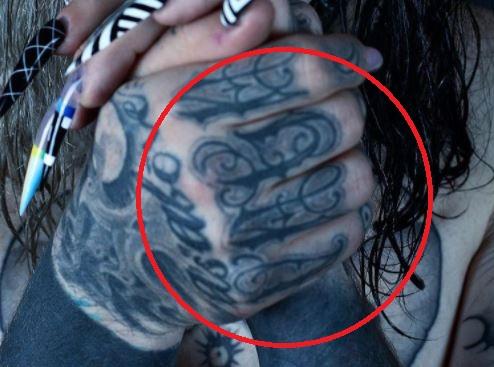 GHOSTEMANE right hand tattoo