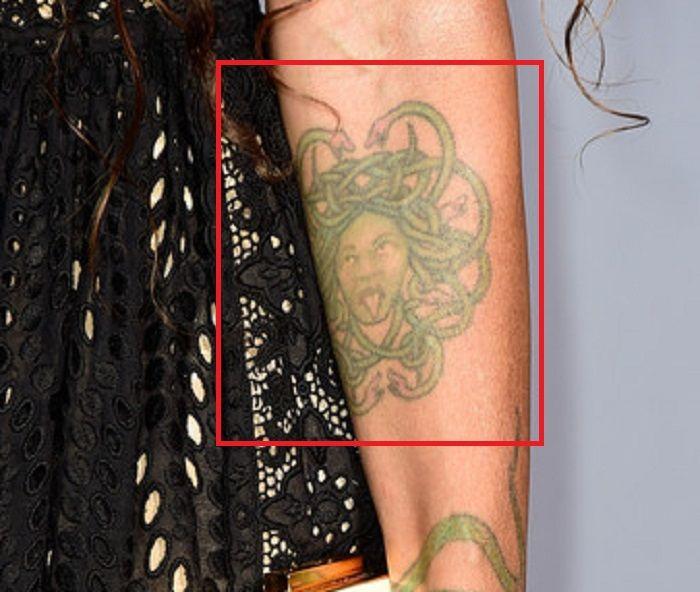Liza Bonet-Medusa-Tattoo