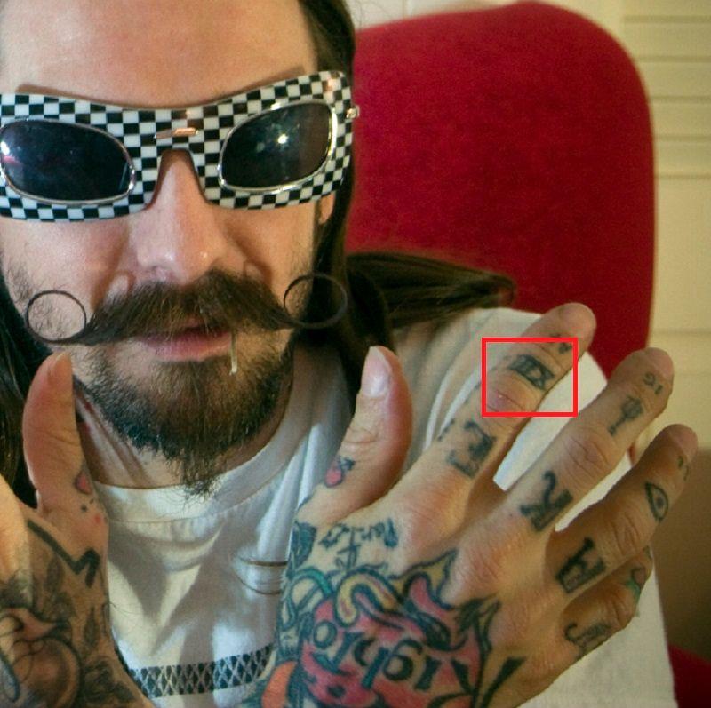 Oliver Peck-XIII-tattoo-tat