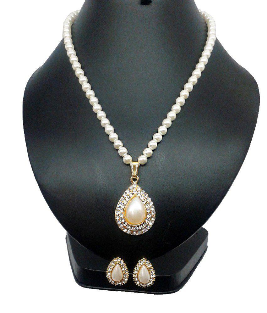 Pearl Pendant Designs