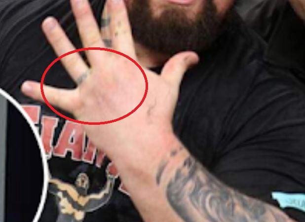 Eddie finger tattoo