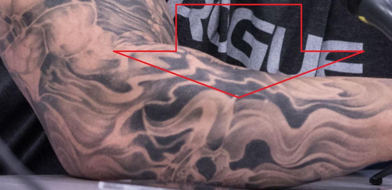 Hafpor flames tattoo